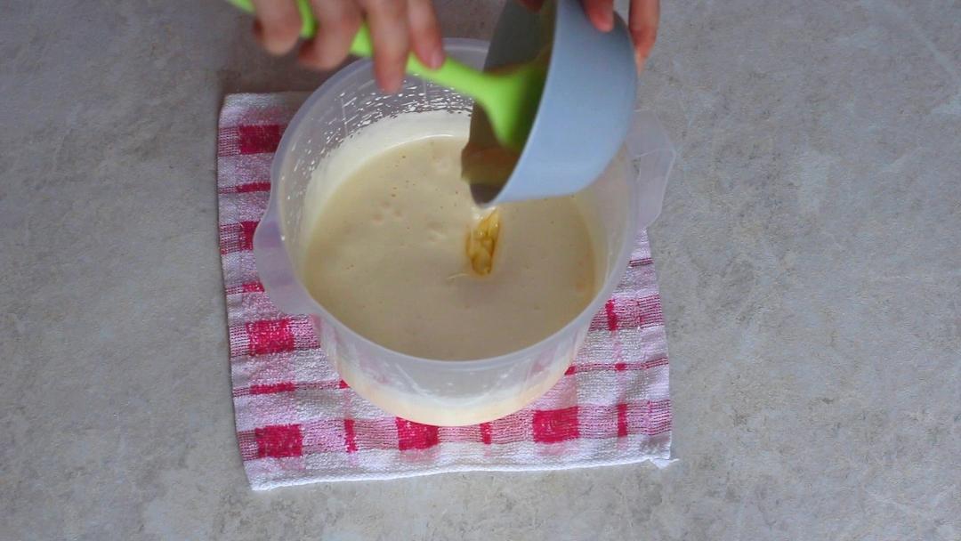 Рецепт приготовления шарлотки с яблоками - шаг 5